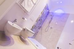 Camera Matrimoniale/Doppia con Letti Singoli bagno
