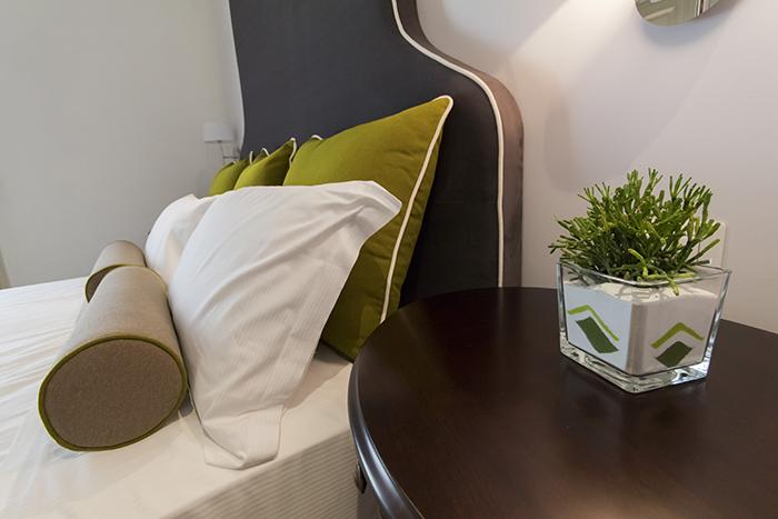 Camera quadrupla luxury trieste residenza degli artisti for Residenza degli artisti